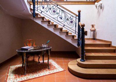 Visita nuestra bodega - Entrada Bodegas Estraunza